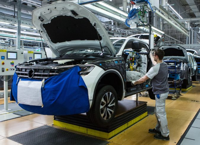 Volkswagen otestoval viac ako deväťtisíc ľudí, pozitívnych nebolo ani jedno percento