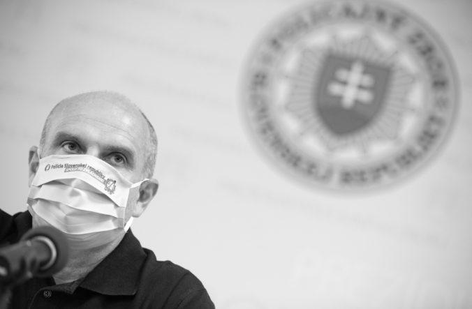 Komisia vyšetrujúca smrť Lučanského odloží návštevu väznice, jej člen je pozitívny na COVID-19