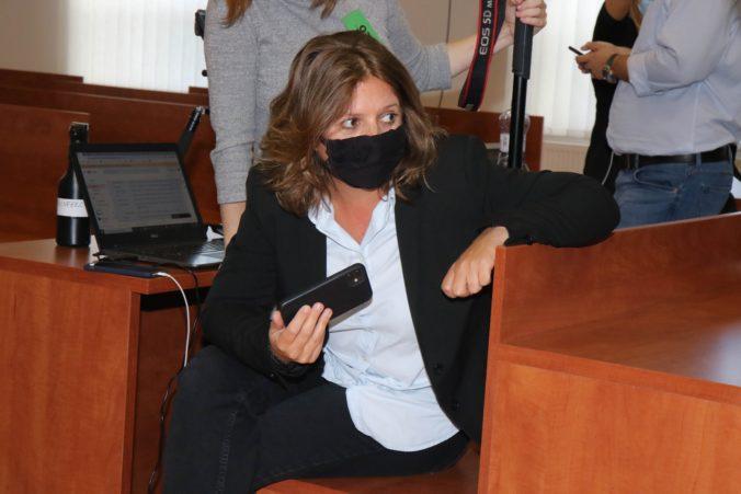 Novinárku Tódovú má opäť niekto sledovať, minister Mikulec dá informácie preveriť