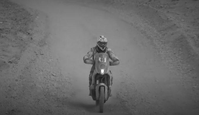 Motocyklový amatér Cherpin podľahol zraneniam, je prvou obeťou Rely Dakar 2021