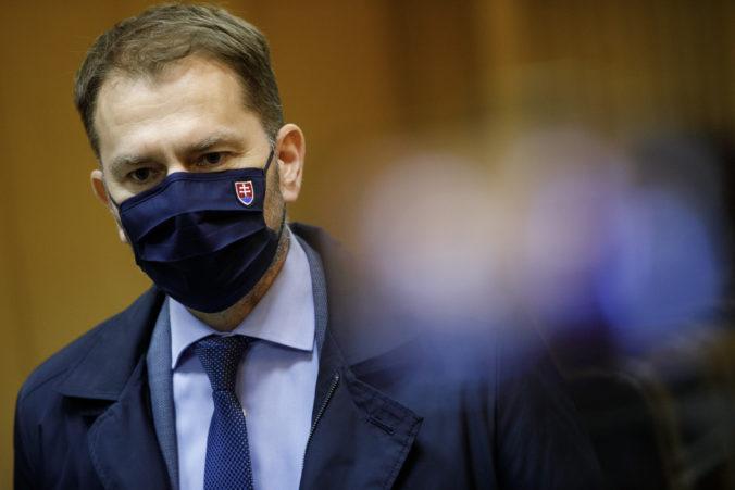 Muž sa Matovičovi vyhrážal zabitím a odrezaním hlavy, polícia začala trestné stíhanie