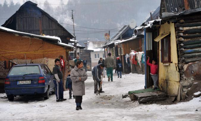 Zamestnanosť v marginalizovaných rómskych komunitách výrazne zaostáva za majoritou. Aké sú príčiny?