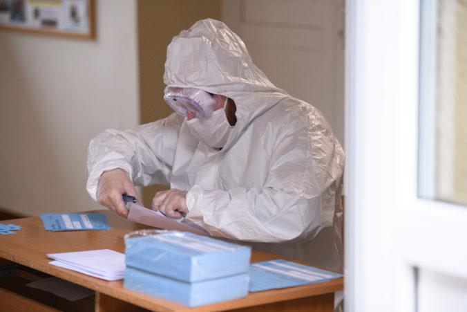 Odmena za plošné testovanie nemá ohroziť pandemický rodičovský príspevok