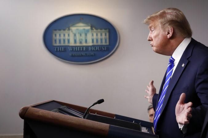 Členovia Trumpovej administratívy po inaugurácii Joea Bidena čelia sankciám Číny