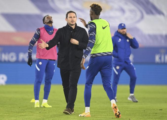 Tréner Lampard sa musí rozlúčiť s FC Chelsea. Nahradí ho Tuchel?