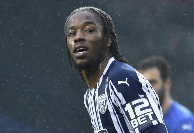 Rasistických útokov v Premier League pribudlo, pocítil to aj hráč tímu West Bromwich Albion