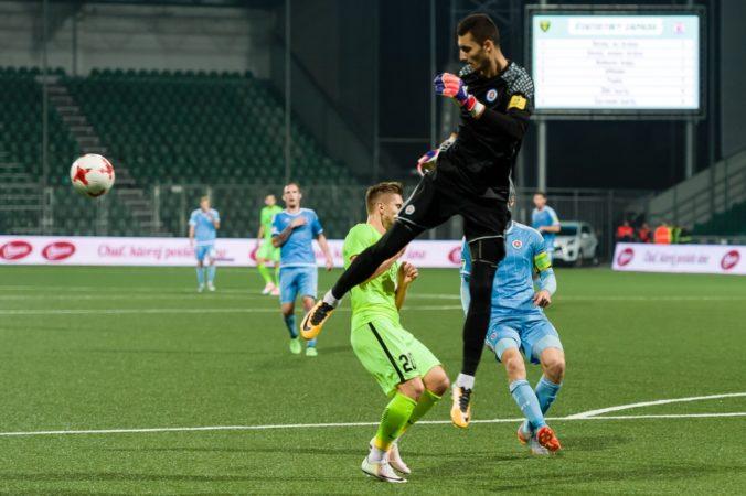Brankár Greif nepôjde k Valjentovi, ŠK Slovan Bratislava ho do RCD Mallorca nepustil