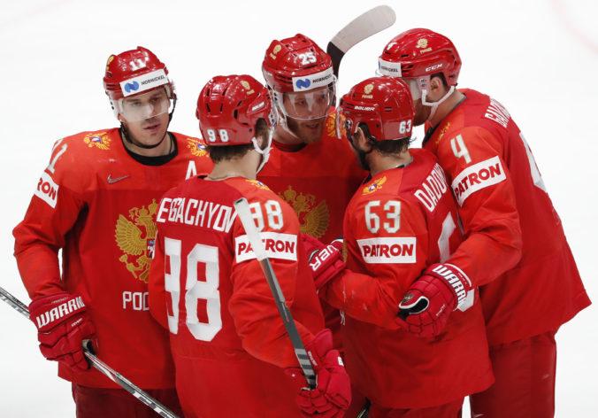 Potrestaní Rusi budú na MS v hokeji 2021 bez štátnej hymny, namiesto nej by chceli počúvať Kaťušu