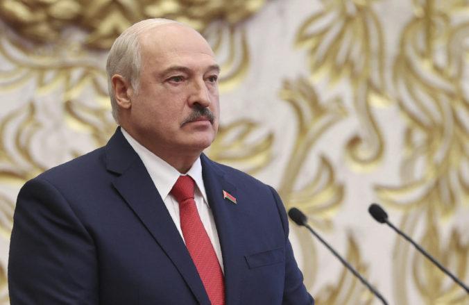 Lukašenko neodstúpi, za demonštráciami v Bielorusku podľa neho stoja vplyvné zahraničné sily