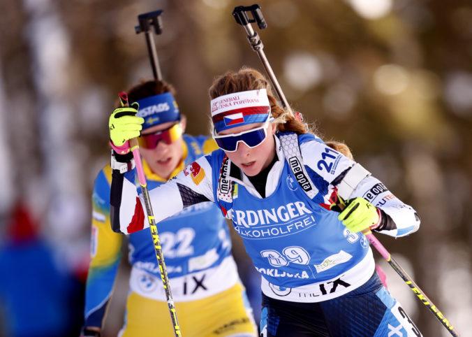 Češka Davidová získala zlato vo vytrvalostných pretekoch na MS v biatlone, Slovenky pohoreli