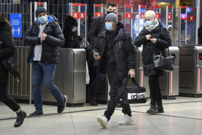 Počet infikovaných vo Švédsku mierne stúpa, vláda zvažuje zavedenie regionálnych lockdownov