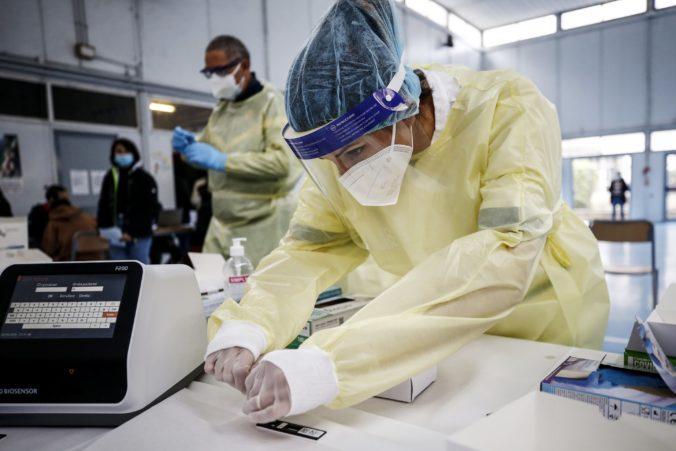 V Taliansku si pripomenuli prvú obeť koronavírusu, odvtedy v krajine pandémii podľahlo 95-tisíc ľudí