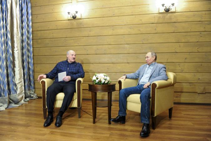 Putin sa stretol s Lukašenkom, Bielorusku chce údajne získať ďalšie pôžičky