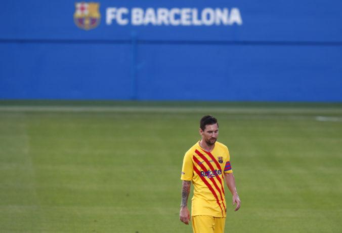 Investor s tučným balíkom peňazí a superhviezdy do tímu. Pozviecha sa FC Barcelona?