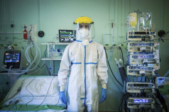 Maďarsko zrejme bezpečnostné opatrenia predĺži, očakáva tretiu vlnu a drastický nárast hospitalizácií