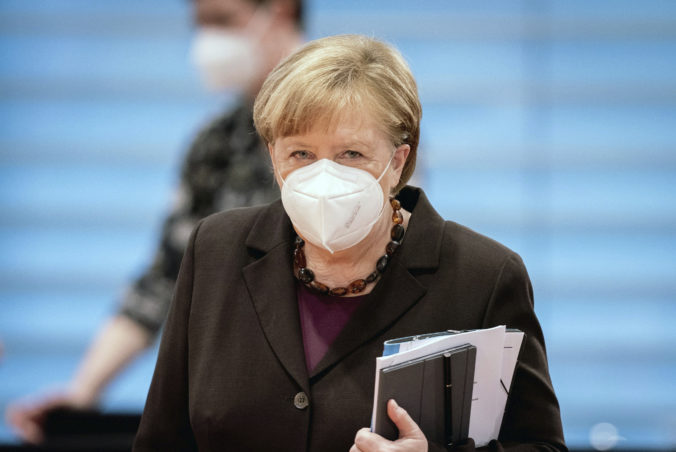 Matovič dostal ponuku od Merkelovej, chorých môžeme prevážať aj do Nemecka