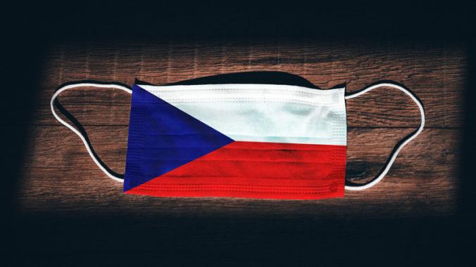 Českí poslanci nepodporili predĺženie núdzového stavu, vláda preto vyhlásila nový