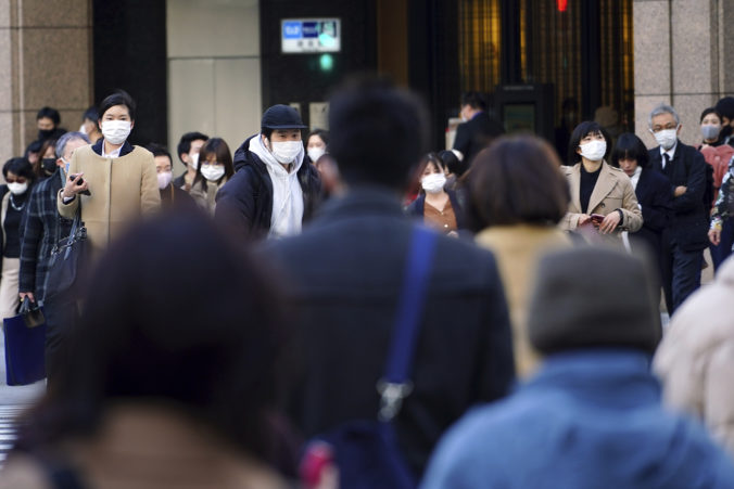 Japonsko čiastočne uvoľňuje lockdown, krajina sa snaží udržať ekonomické obmedzenia na minime