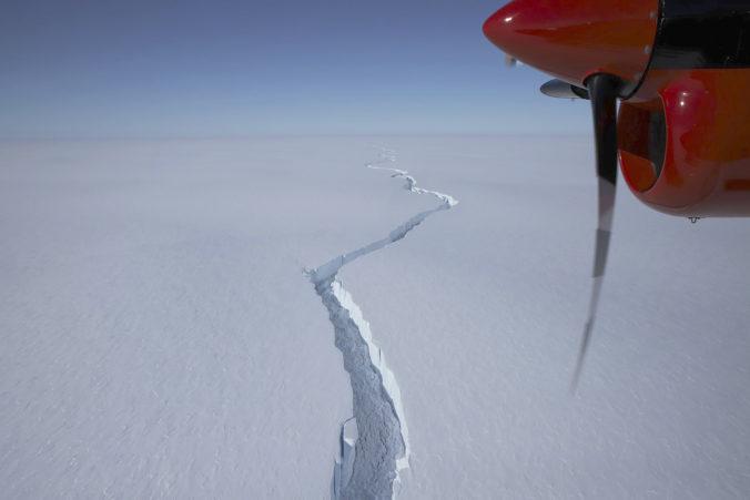 Od Antarktídy sa odtrhol ľadovec veľký ako metropolitná oblasť Londýna