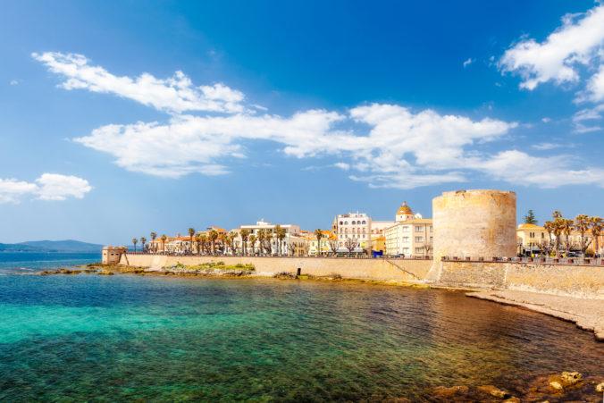 Taliansky ostrov Sardínia je už bielou zónou. Otvoria tam kiná, reštaurácie či telocvične
