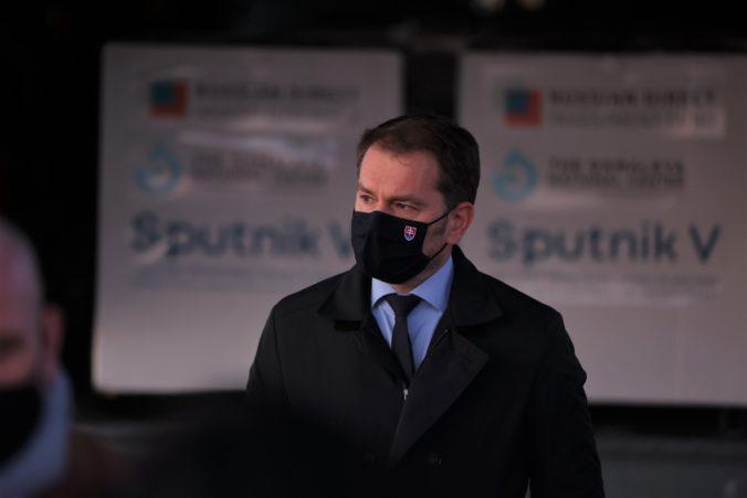 Nevyužívajte Sputnik ako zámienku na rozpad vlády, vraví Matovič. Sulíka a Remišovú poprosil, aby nepolitikárčili