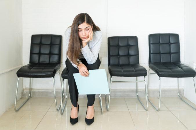 Miera nezamestnanosti medziročne stúpla, najviac sa prepúšťalo v ubytovacom sektore