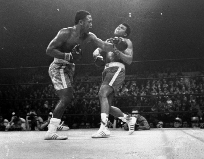 Od zápasu Muhammada Aliho s Joeom Frazierom uplynulo 50 rokov, šlo o súboj storočia