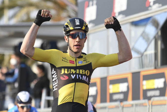 Van Aert vyhral prvú etapu pretekov Tirreno-Adriatico, Sagan skončil mimo top 10