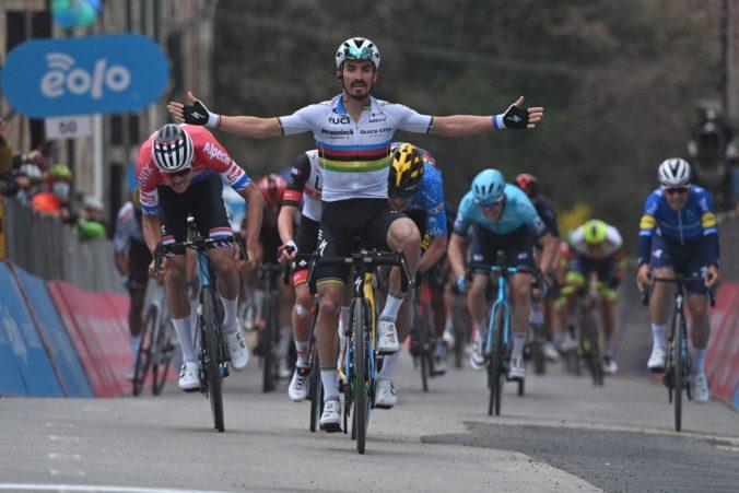 Alaphilippe sa stal víťazom druhej etapy na Tirreno-Adriatico, Sagan mal manko vyše 15 minút