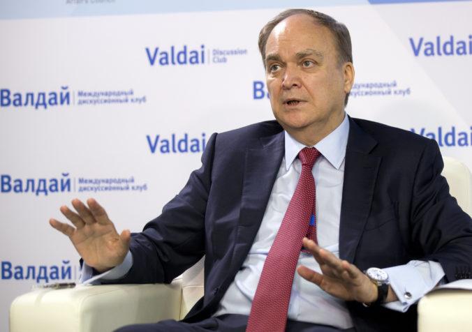 Napätie medzi USA a Ruskom narastá, Moskva si povolala svojho veľvyslanca na konzultácie