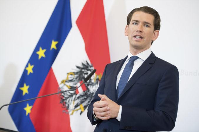 Rakúsky kancelár Kurz vraj použil lietadlo ukrajinského oligarchu, ktorý je obvinený v USA