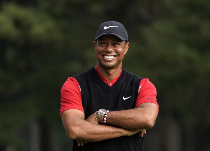 Tiger Woods sa po ťažkej nehode vrátil z nemocnice domov, prežil vďaka šťastnej zhode okolností