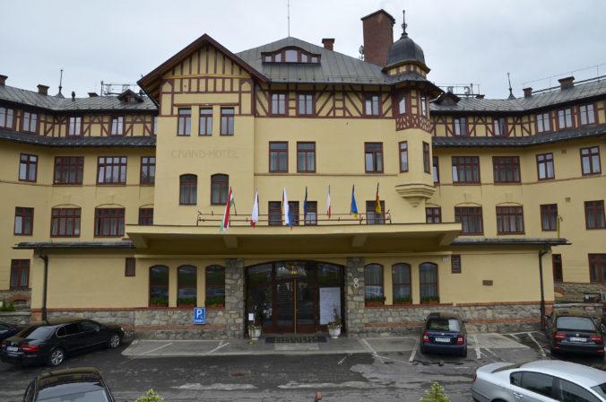 Tatranci zaznamenali vlani výrazný pokles ubytovaných hostí, no daň z ubytovania išla hore