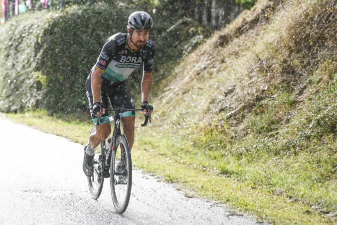 Peter Sagan v úvodnej etape Okolo Katalánska zaostal, triumfoval mladý Dán