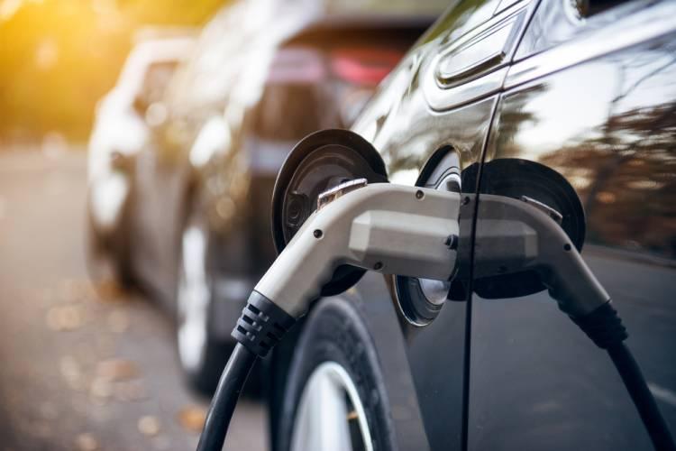 Autá s alternatívnymi motormi sú budúcnosťou automobilového priemyslu