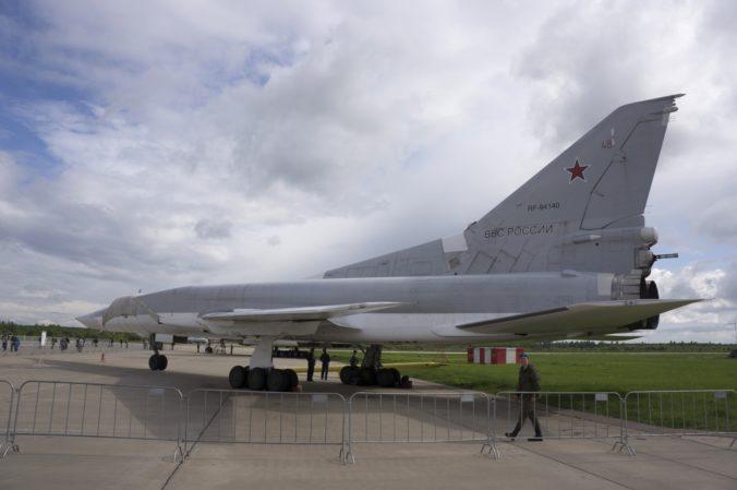 Katapult lietadla vystrelil troch ruských vojakov počas predletovej kontroly, ani jeden neprežil