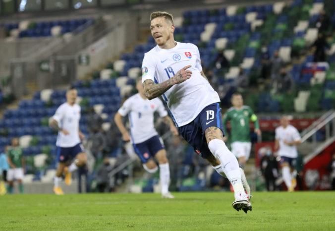 Slovenskí futbalisti hrajú po štrnástich rokoch na Cypre. Novým lídrom tímu bude Kucka, tvrdí Škrtel