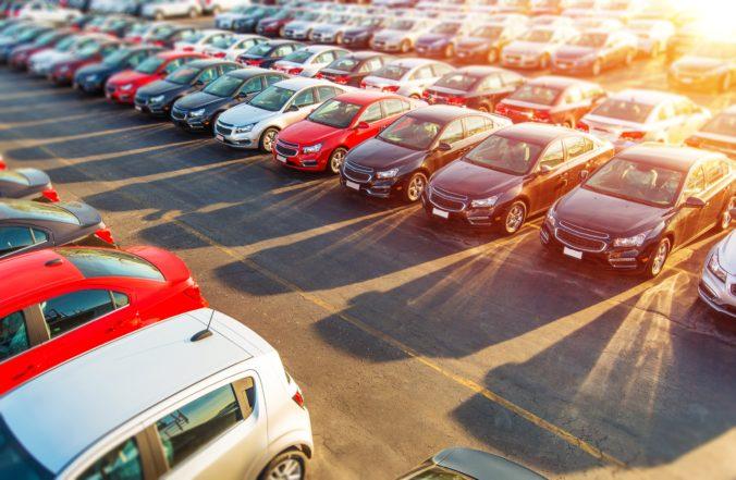 Predaj áut sa výrazne prepadol, Slovensko skončilo až pod priemerom Európskej únie