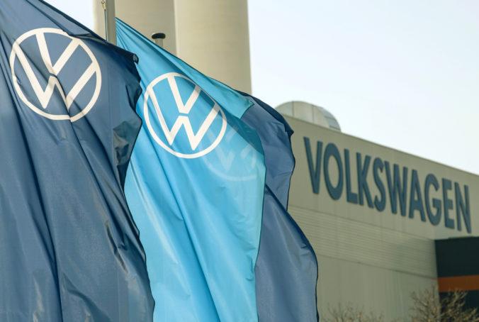 Volkswagen požaduje od dvoch bývalých riaditeľov náhradu škody za aféru Dieselgate