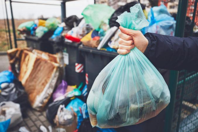 Bratislava chce znižovať množstvo odpadu v meste, poslanci schválili strategický dokument