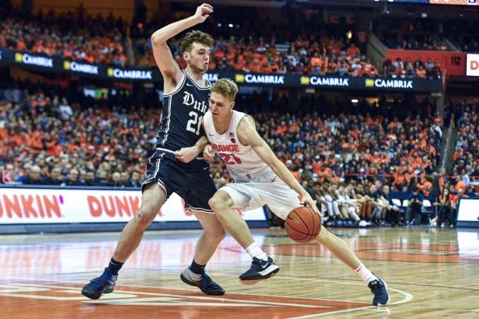 """""""Tenučký"""" Slovák s vysokou basketbalovou inteligenciou. Marek Doležaj si v NCAA vyslúžil uznanie"""