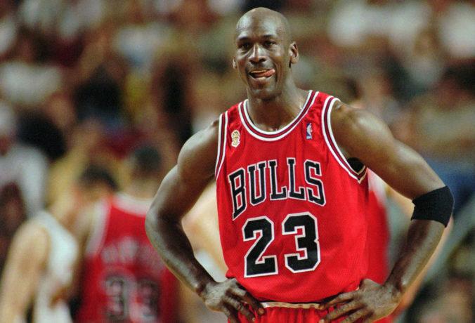 Basketbalová legenda Michael Jordan doplatil na pandémiu, z účtu mu ubudlo 500 miliónov dolárov