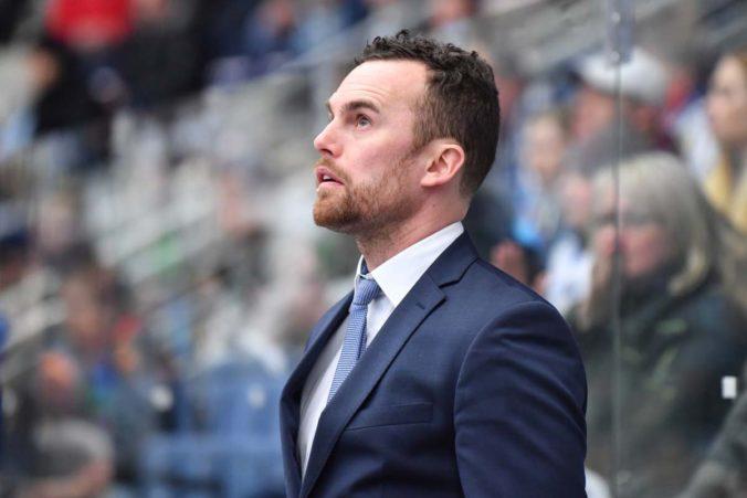 Kouč českej hokejovej reprezentácie prekonal COVID-19, s chorobou musel bojovať v nemocnici