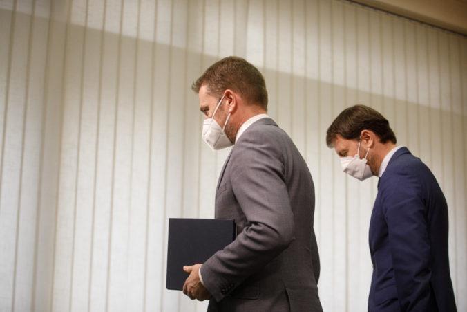 Matovič podá demisiu v utorok, Heger prinesie prezidentke aj zoznam mien ministrov