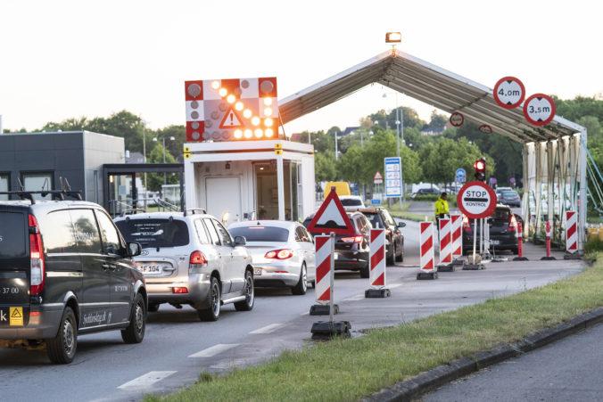 Nemecko predlžuje kontroly na hraniciach s Českom, sprísňuje aj pravidlá pre leteckú dopravu