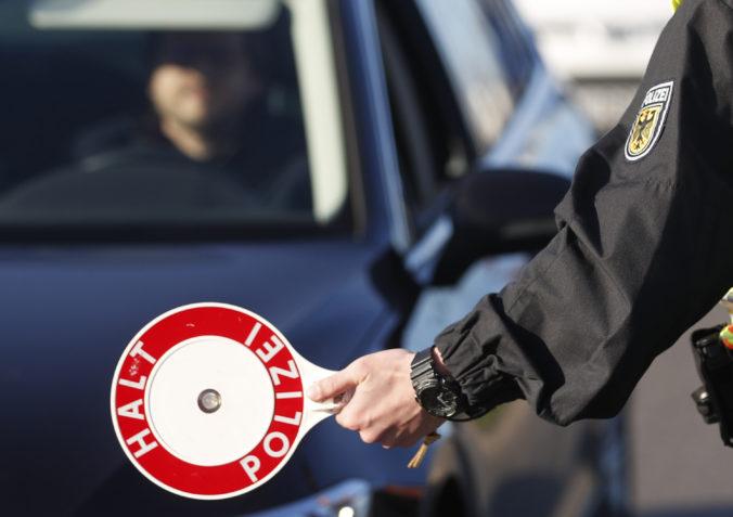 Rakúsko zaviedlo nové prísnejšie pravidlá pre pendlerov, pripravte si čerstvé negatívne testy