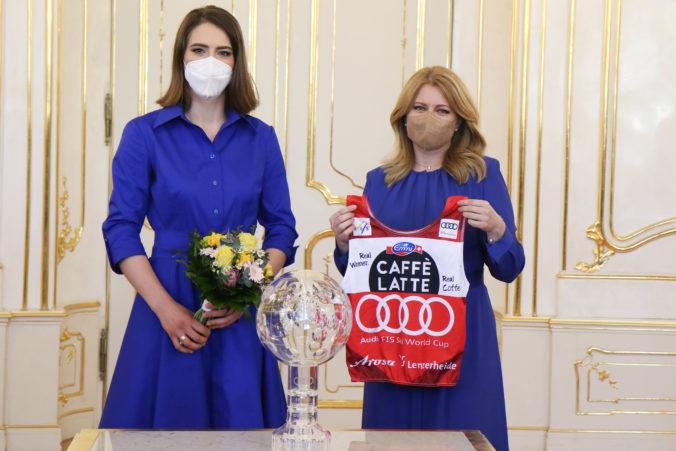 Vlhovú privítala Čaputová a zablahoželala jej k historickému úspechu, chce založiť nadáciu na podporu detí (video)