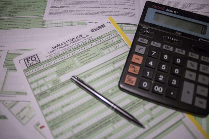 Odklad daní môžu emailom oznámiť všetci daňovníci, nezabudnite na vyplnenie vyžadovaných údajov