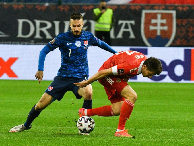 Rozprávka sa skončila v Trnave či nuda v prvom polčase pre brankárov i divákov, píšu ruské médiá po zápase so Slovenskom