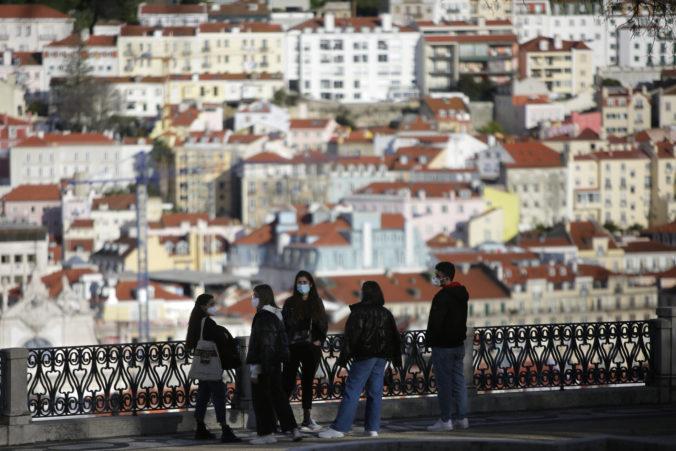 Portugalsko otvorilo kaviarne aj reštaurácie, do škôl sa vrátilo pol milióna detí